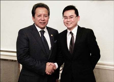 The Minister of Foreign Affairs of Malaysia, Yang Bahagia Dato' Sri Anifah Hj. Aman with Vincent Teo, Crowleys DFK Director and IMA Council Member